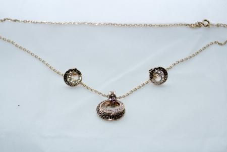 Комплект бижутерии с камнями Swarovski и покрытием розовым золотом