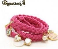 Браслет завязка розовый с подвесками