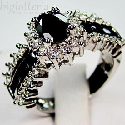 Кольцо с черными сапфирами
